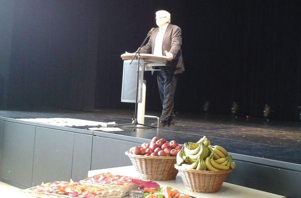 2. Bürgermeiser Dr. Sklarek (SPD) informiert im Bosco über die Folgen eines Baustopps